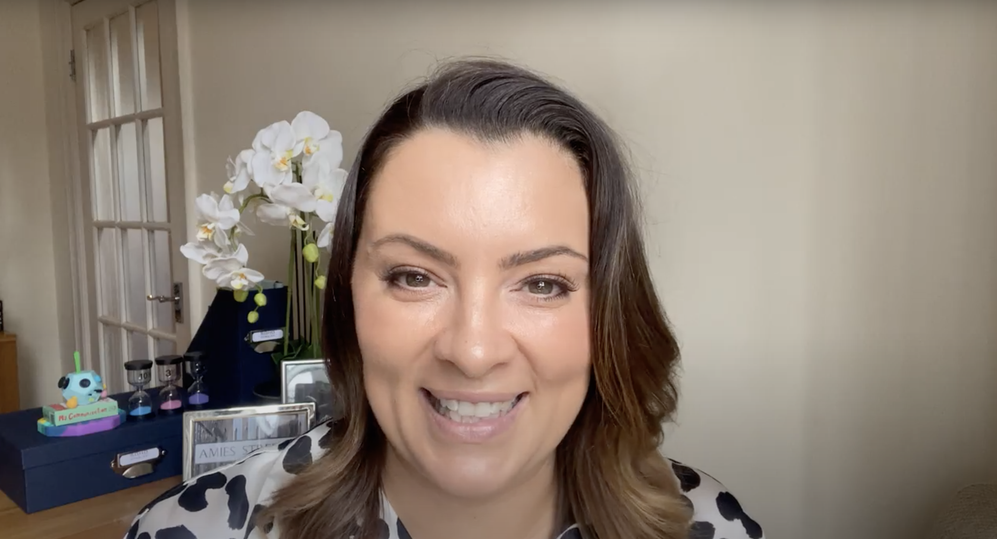 Hello, I'm Laura! Video