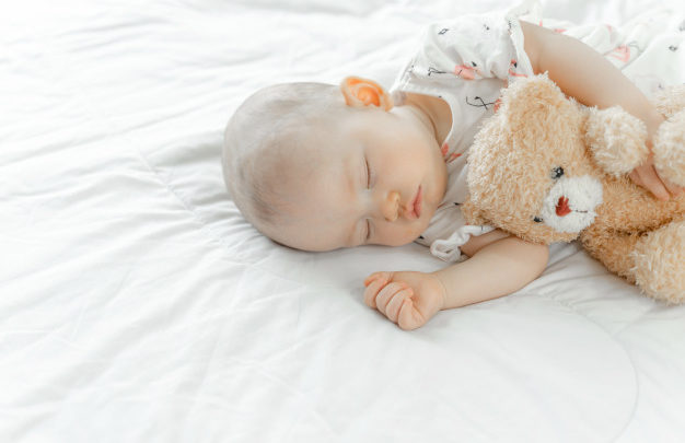 5 Things to Think About if Your Baby takes Chronic Short Naps!