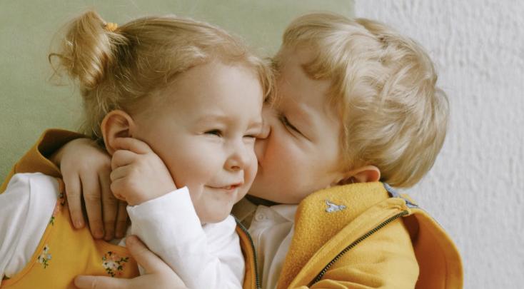 Siblings & Sharing