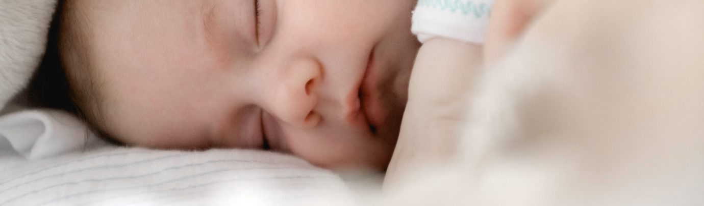 How to get your kid to sleep through in just two weeks